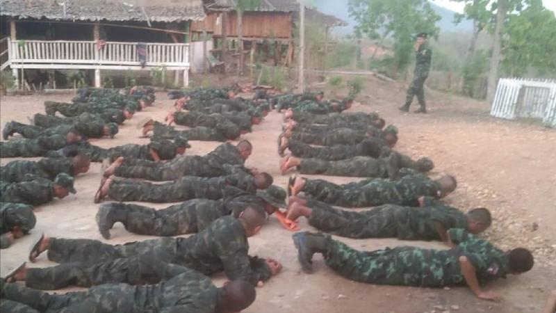 CNN: Nhóm nổi dậy huấn luyện quân sự miễn phí cho dân Myanmar - ảnh 1