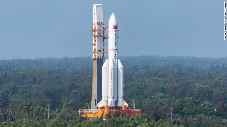 Mảnh vỡ tên lửa Trung Quốc sẽ rơi xuống Trái đất trong hôm nay - ảnh 1
