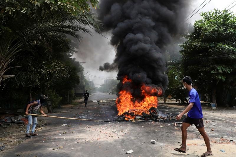 Myanmar: 'Chính phủ đoàn kết dân tộc' bị coi là 'khủng bố' - ảnh 1