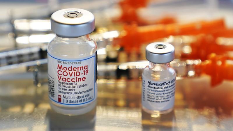 Mỹ muốn bỏ bằng sáng chế vaccine nhưng lo Nga-Trung vượt mặt - ảnh 1