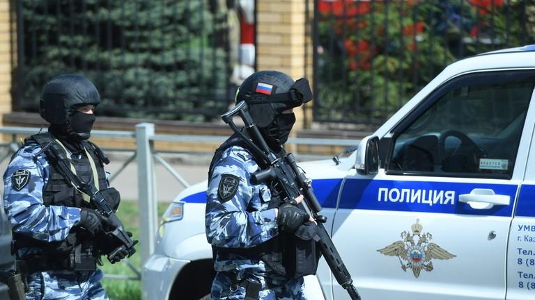 Nga: Thanh niên 19 tuổi xông vào trường học bắn chết 7 trẻ em  - ảnh 3