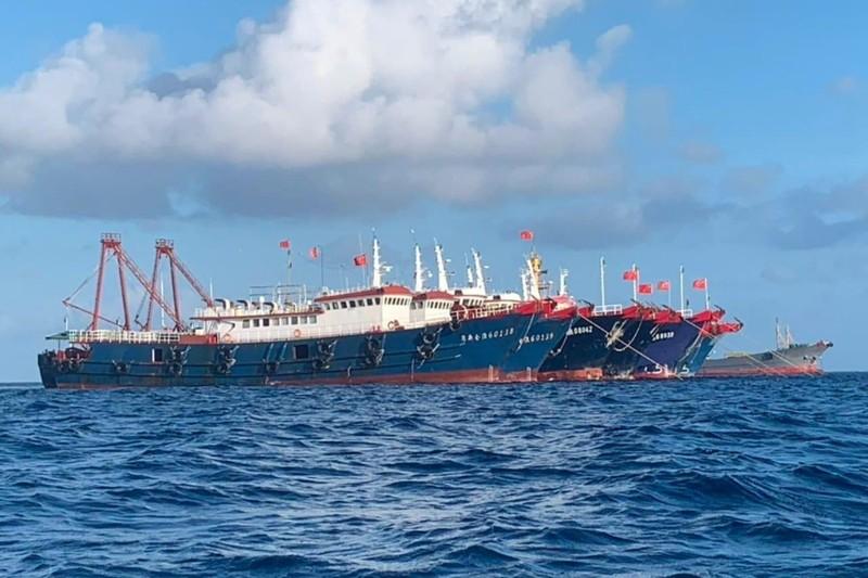 Philippines lại tố hàng trăm tàu Trung Quốc 'xâm nhập' EEZ - ảnh 1