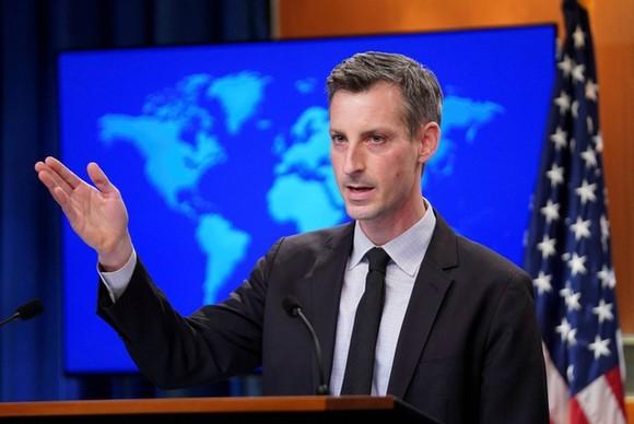 Mỹ xem xét lại Hiệp ước Bầu trời Mở trong khi Nga tuyên bố rút - ảnh 1