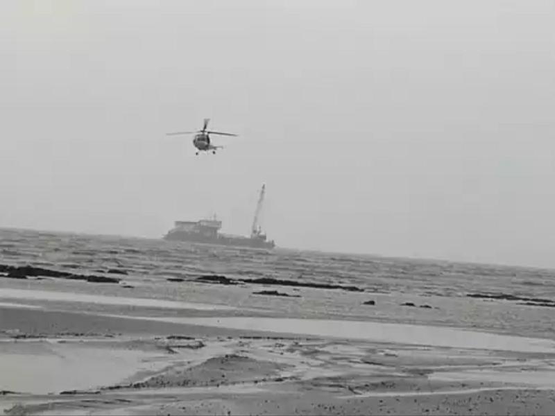 Ấn Độ: Tàu gặp nạn do bão Tauktae, 96 người còn mất tích - ảnh 1