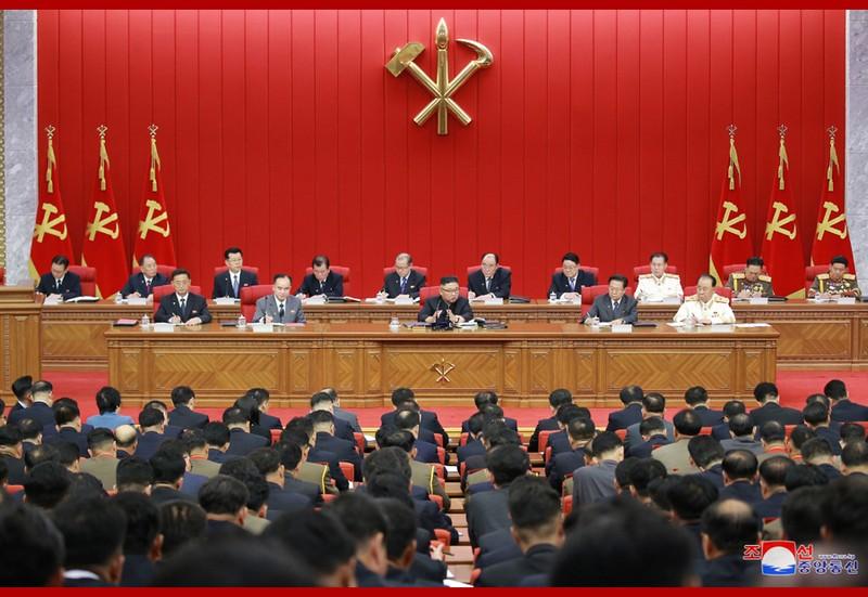 Ông Kim Jong-un cảnh báo tình hình lương thực Triều Tiên 'căng như dây đàn' - ảnh 1