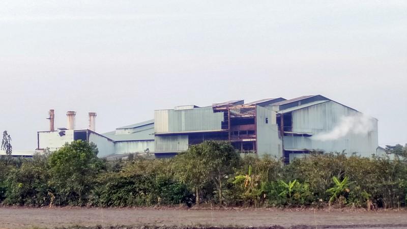 Nhà máy đường - cồn Long Mỹ Phát bị 'tuýt còi' - ảnh 2