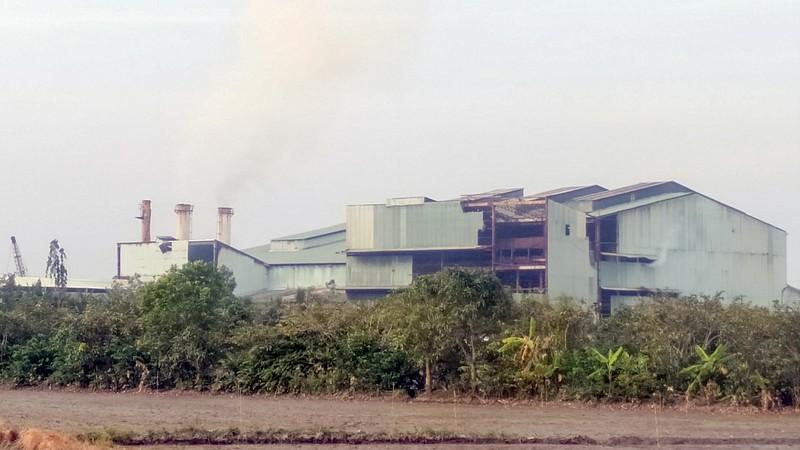 Nhà máy đường - cồn Long Mỹ Phát bị 'tuýt còi' - ảnh 1