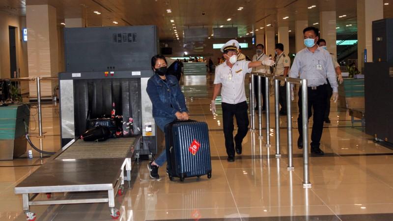 Cần Thơ: Đón và cách ly hơn 600 người về từ Hàn Quốc  - ảnh 1