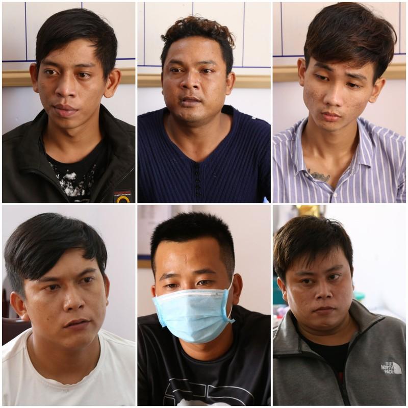 Bắt khẩn cấp nhóm thanh niên truy sát, chém chết người - ảnh 1