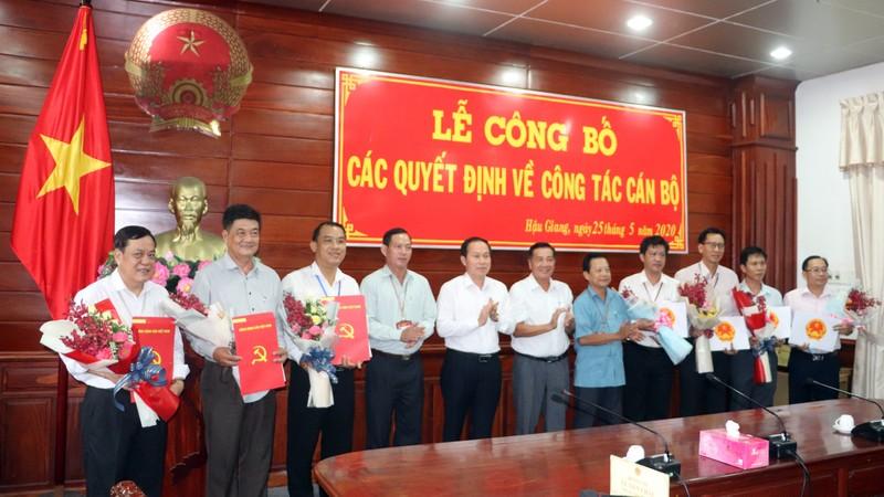 Hậu Giang: Tỉnh ủy, Ủy ban điều động, bổ nhiệm nhiều lãnh đạo - ảnh 2