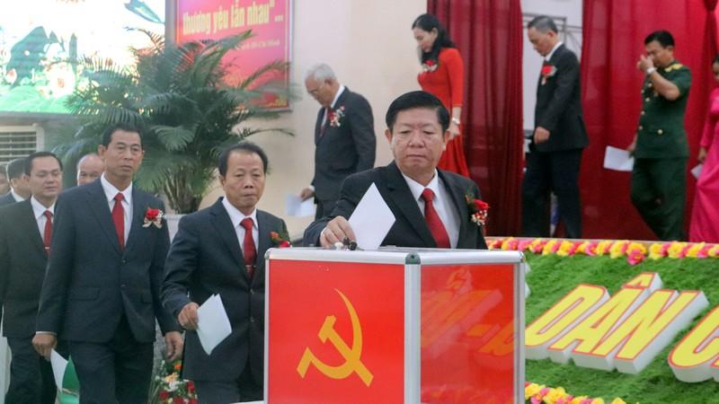 Ông Lê Văn Tông tái đắc cử Bí thư thị xã Long Mỹ - ảnh 3