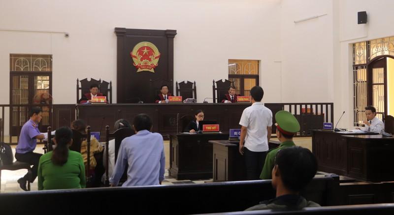 Phúc thẩm vụ án tai nạn giao thông ở Càng Long - ảnh 1