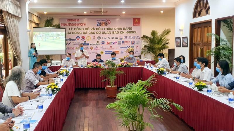 10 đội tham gia Giải bóng đá các cơ quan báo chí ĐBSCL - ảnh 1