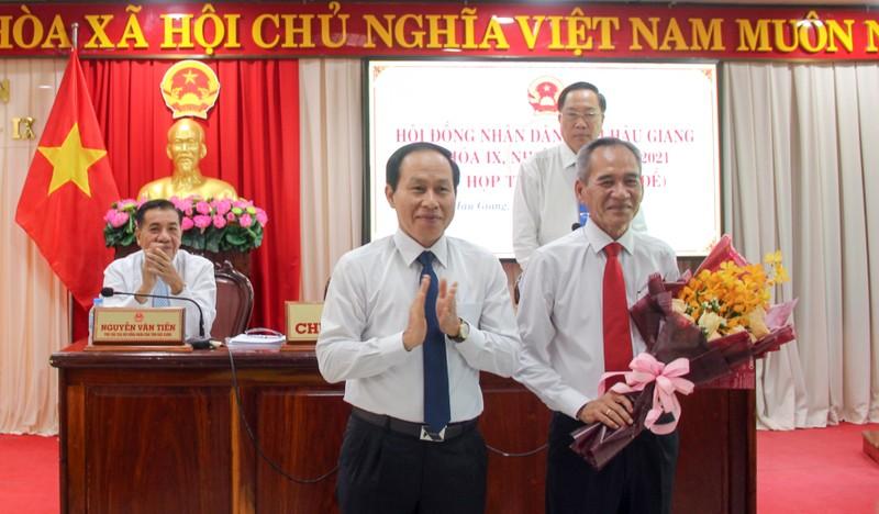 Ông Lữ Văn Hùng thôi làm đại biểu HĐND tỉnh Hậu Giang - ảnh 1