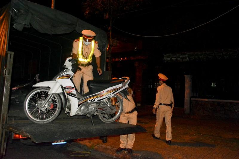 Cần Thơ: Một tháng xử phạt vi phạm ATGT hơn 5 tỉ đồng - ảnh 1