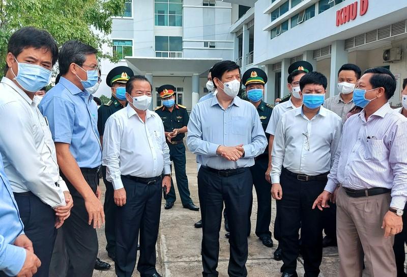 Kiên Giang nâng quy mô bệnh viện dã chiến lên 300-500 giường - ảnh 2
