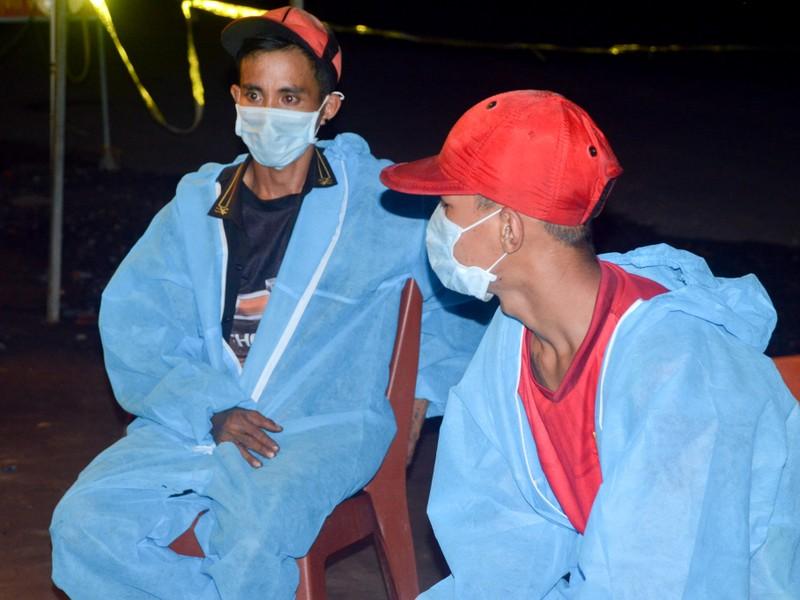 Hành trình gian khổ của 3 người đàn ông từ TP.HCM về Sóc Trăng tránh dịch  - ảnh 2