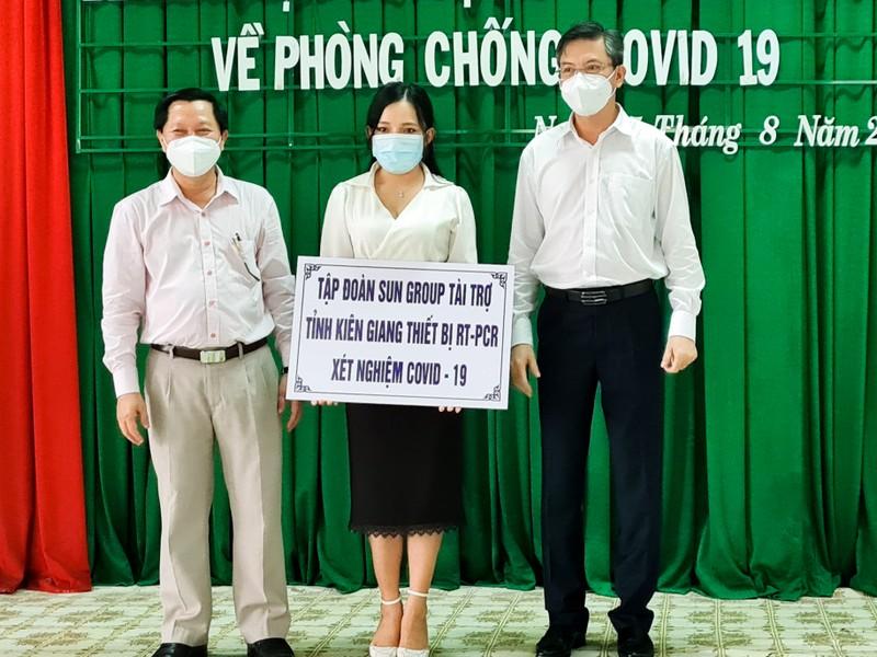 Kiên Giang tiếp nhận thêm 18 tỉ tài trợ phòng, chống dịch COVID-19 - ảnh 1