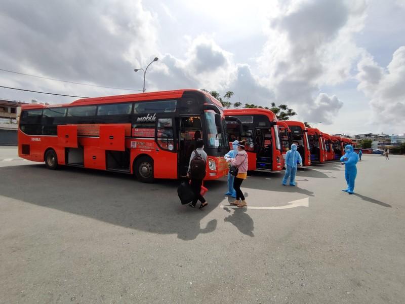 Hậu Giang tiếp tục đón 138 công dân từ TP.HCM về quê  - ảnh 4