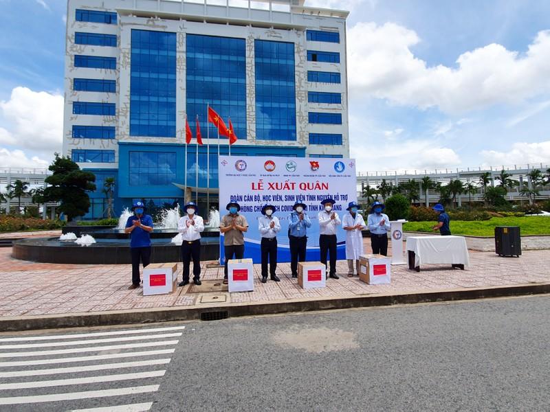 600 SV Đại học Y Dược Cần Thơ lên đường hỗ trợ Kiên Giang chống dịch - ảnh 4