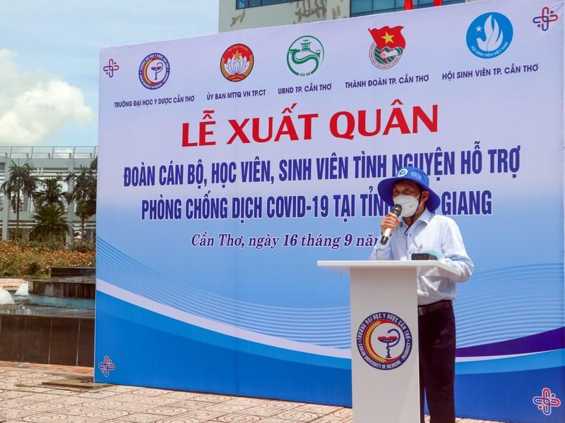 600 SV Đại học Y Dược Cần Thơ lên đường hỗ trợ Kiên Giang chống dịch - ảnh 3