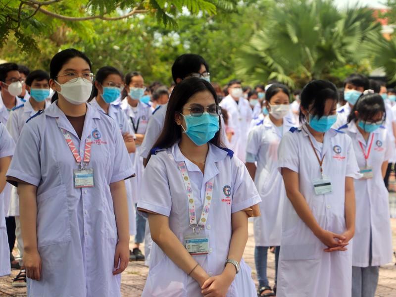 600 SV Đại học Y Dược Cần Thơ lên đường hỗ trợ Kiên Giang chống dịch - ảnh 8