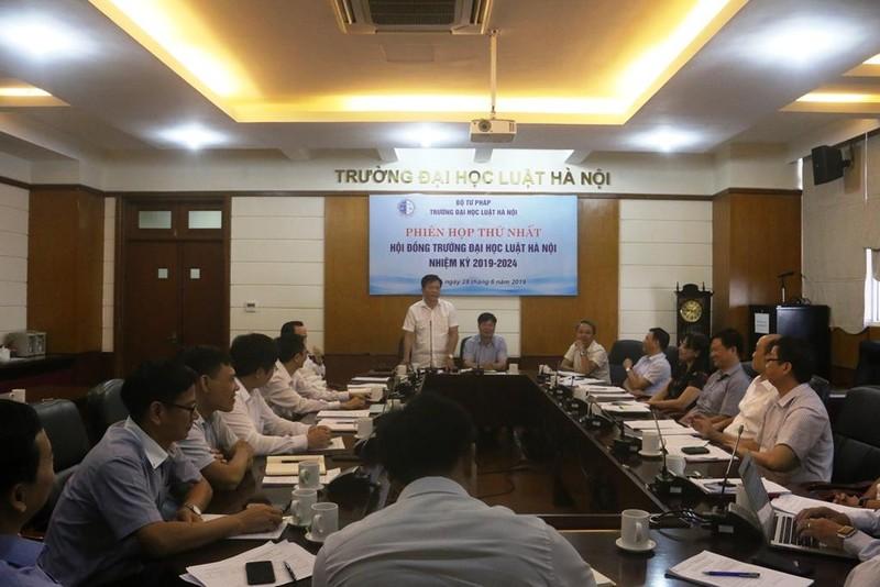 Đại học Luật Hà Nội có Chủ tịch Hội đồng trường - ảnh 1