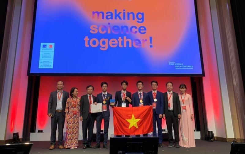 Việt Nam giành 2 Huy chương vàng Olympic Hoá học quốc tế 2019 - ảnh 1