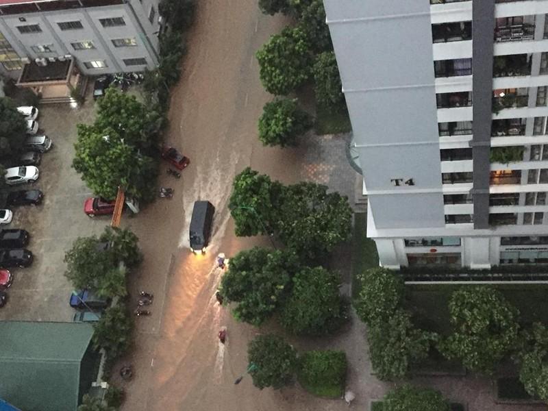 Nhiều tỉnh miền Bắc ngập nặng sau trận mưa đêm - ảnh 3