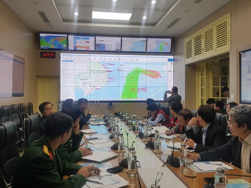 11 tàu cá đang nằm trong vùng nguy hiểm của bão số 7 - ảnh 2