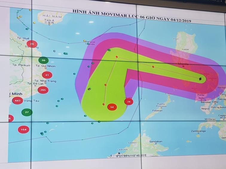 11 tàu cá đang nằm trong vùng nguy hiểm của bão số 7 - ảnh 1