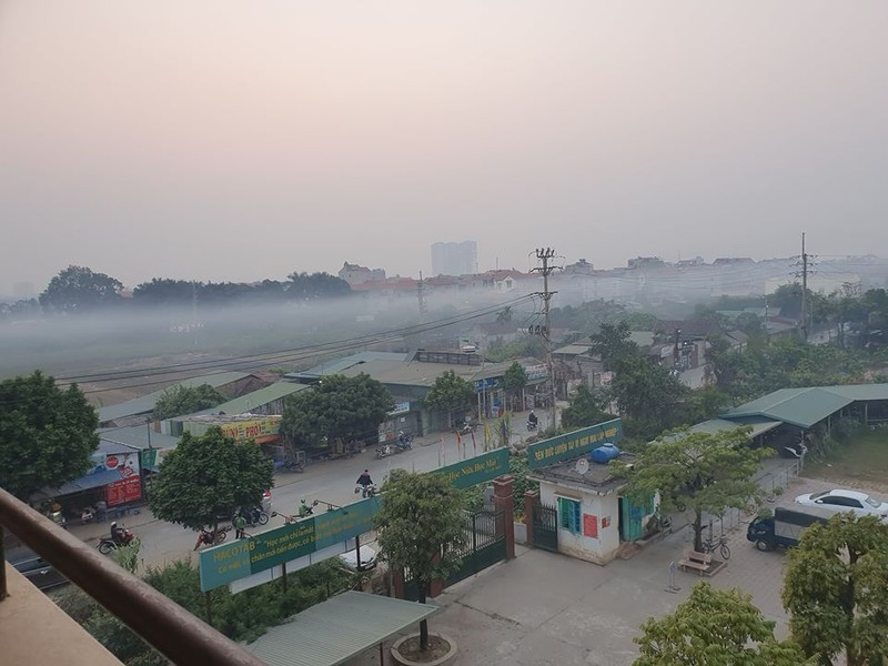 Hà Nội chìm trong sương mù như Sa Pa - ảnh 3