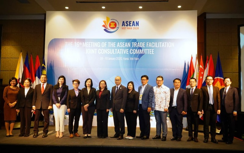 Doanh nghiệp ASEAN đề xuất giảm thủ tục với đơn hàng nhỏ - ảnh 1