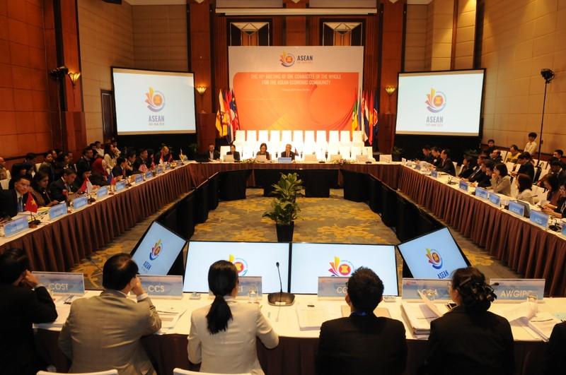 ASEAN 2020: Việt Nam đề xuất 14 dự thảo sáng kiến kinh tế - ảnh 2
