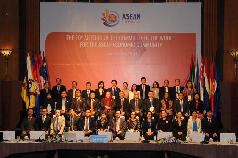 ASEAN 2020: Việt Nam đề xuất 14 dự thảo sáng kiến kinh tế - ảnh 1