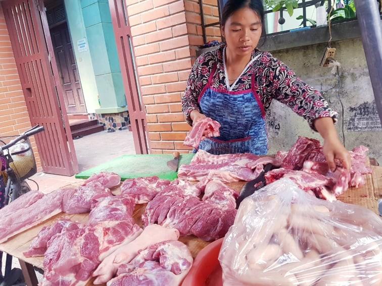 29 tết, giá thịt heo tăng từ 5%-10% - ảnh 1