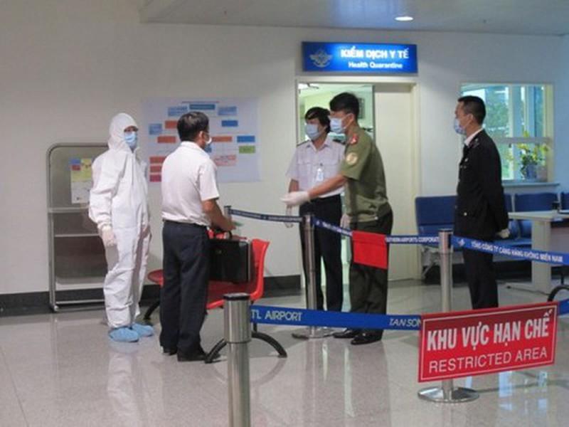 Hàng Việt bắt đầu khó sang Trung Quốc vì dịch viêm phổi - ảnh 1