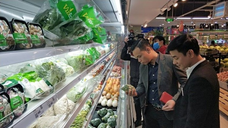 'Không có chuyện siêu thị khan hiếm hàng, sốt giá' - ảnh 2