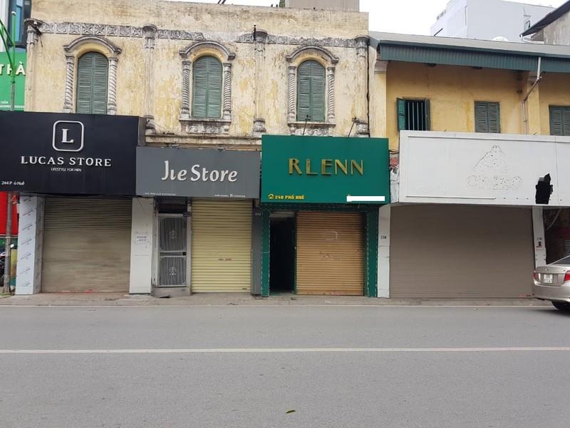 Nhiều hàng quán ở Hà Nội ế ẩm, đóng cửa vì dịch COVID-19 - ảnh 1