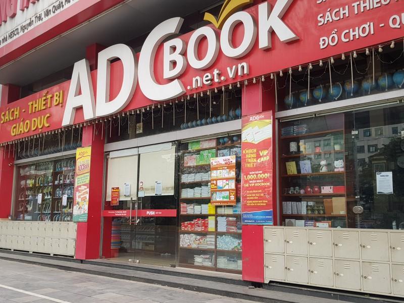Hàng loạt cửa hàng tại Hà Nội đóng cửa chống dịch COVID-19 - ảnh 3