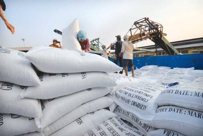 Bộ Công Thương kiến nghị xuất khẩu 400.000 tấn gạo vào tháng 4 - ảnh 1