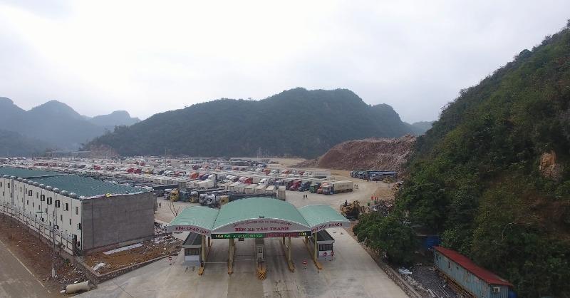 Kiến nghị tạm dừng tiếp nhận hàng hóa qua cửa khẩu Tân Thanh - ảnh 1