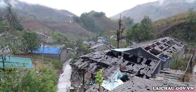 Thủ tướng yêu cầu tập trung ứng phó với mưa đá, giông lốc - ảnh 1