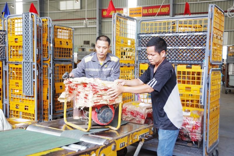 Hệ thống camera dày đặc tại các trung tâm logistics ở Hà Nội - ảnh 1
