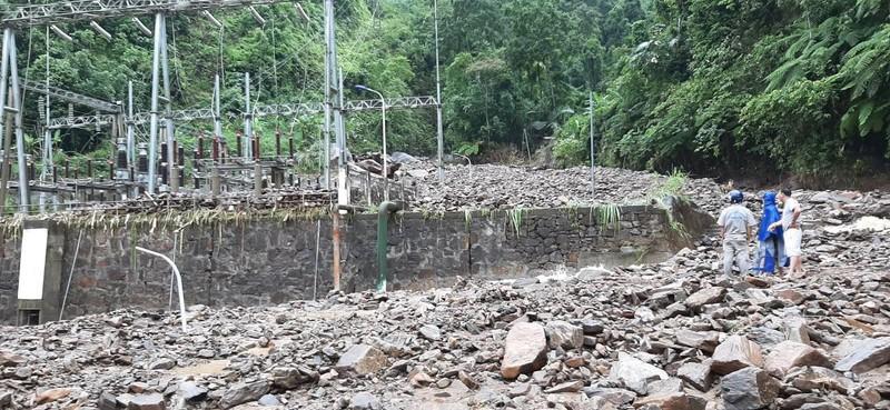 Cận cảnh nhà máy thủy điện Thái An bị đất đá vùi lấp - ảnh 5