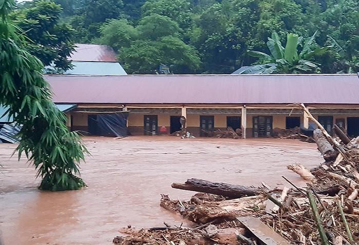 Nhiều hộ dân Điện Biên, Quảng Ninh phải sơ tán do mưa lũ  - ảnh 2