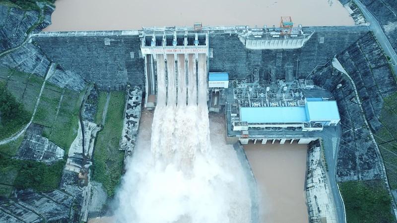Nóng: Trung Quốc thông báo xả lũ trên sông Hồng - ảnh 1