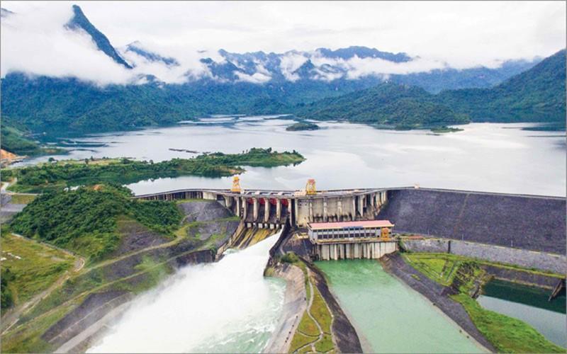 Chiều 6-10, thủy điện Tuyên Quang xả lũ - ảnh 1