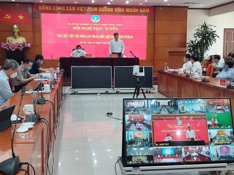 Đề nghị Trung Quốc lập đường dây nóng chống ùn ứ nông sản  - ảnh 1
