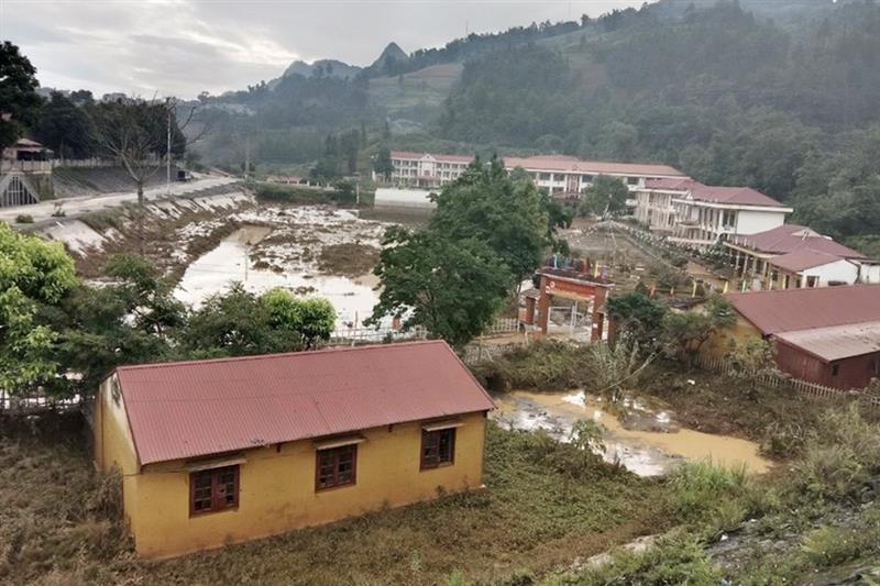 Thanh Hóa, Nghệ An, Hà Tĩnh hỏa tốc ứng phó với mưa lớn, sạt lở đất, lũ quét - ảnh 1